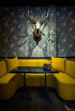 Michael-Malapert-Interior-Design-restaurant-Le-Colonel-Moutarde-Paris