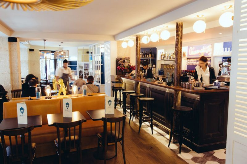 Michael-Malapert-Interior-Design-restaurant-La-Maison-Bleue-Paris